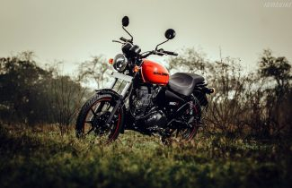 Royal-Enfield-Thunderbird-350X-HD-wallpapers-1